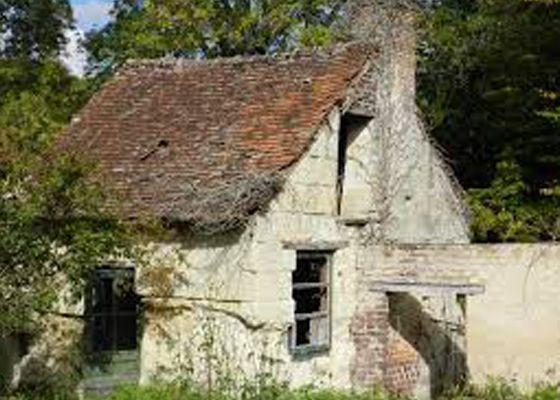 Plan de rénovation de vieilles maisons françaises.