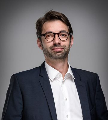 Xavier Derrieux, Directeur Administratif et Financier.